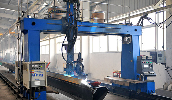 Double gantry welding gun