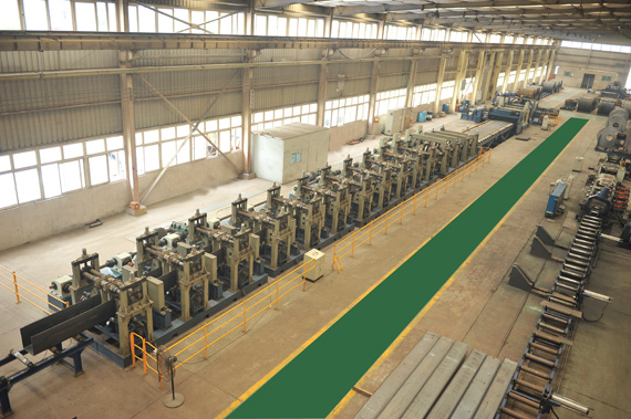U-shaped groove cold rolling forming machine