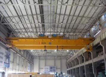 Double Hoist Overhead Crane